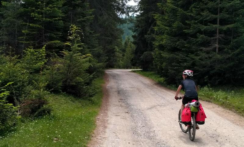 Opt zile pe bicicletă şi un rucsac de amintiri - marea aventură a lui 2018