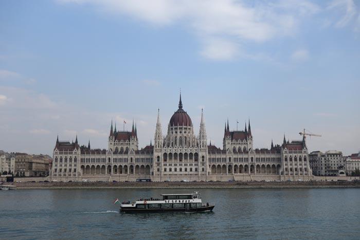 Parlamentul Ungariei - Budapesta - Între noi fie vorba - Ana Elisabeta Beliu