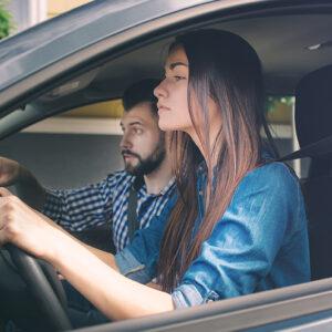Zece lucruri care îți vor fi de folos pentru a obține permisul de conducere
